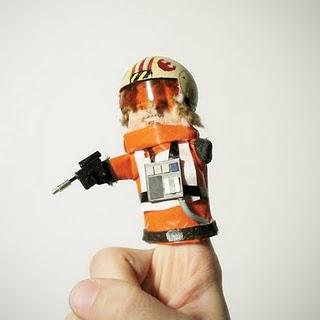 Finger Puppet Luke
